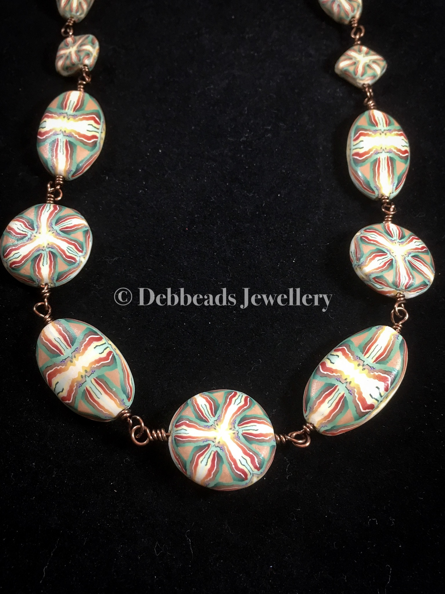 Celtic knot beaded necklace - continuous links