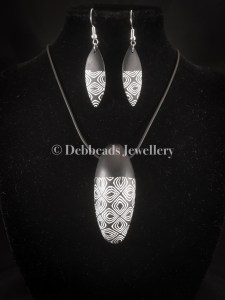 Moorish Patterned Black and White Pendant & Drop Earrings