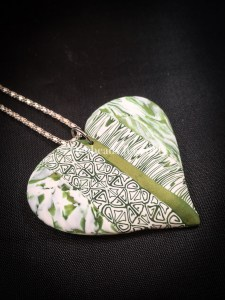 Flat green patchwork heart pendant - side view
