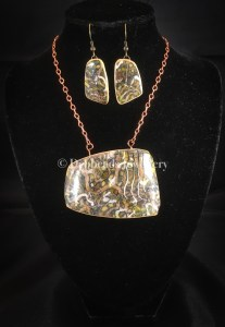 Layered earthy rectangle statement pendant - set