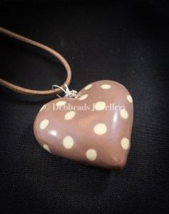 Polka dot & gold stripe taupe heart - polka dot side view