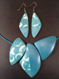 Teal Swirl Triple Bead Necklace set